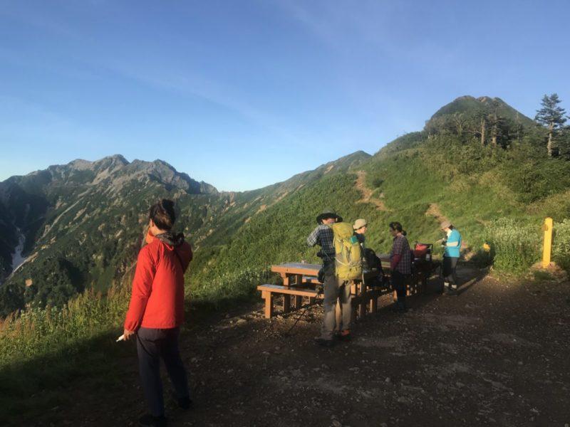 新越山荘 小屋前からの風景