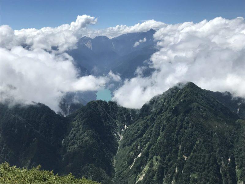 槍ヶ岳と高瀬湖