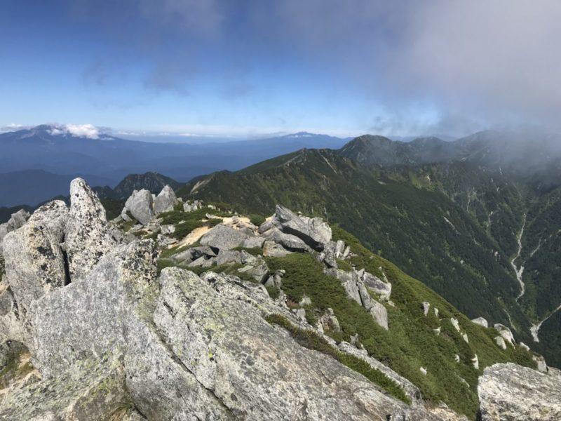 空木岳から木曽駒方面