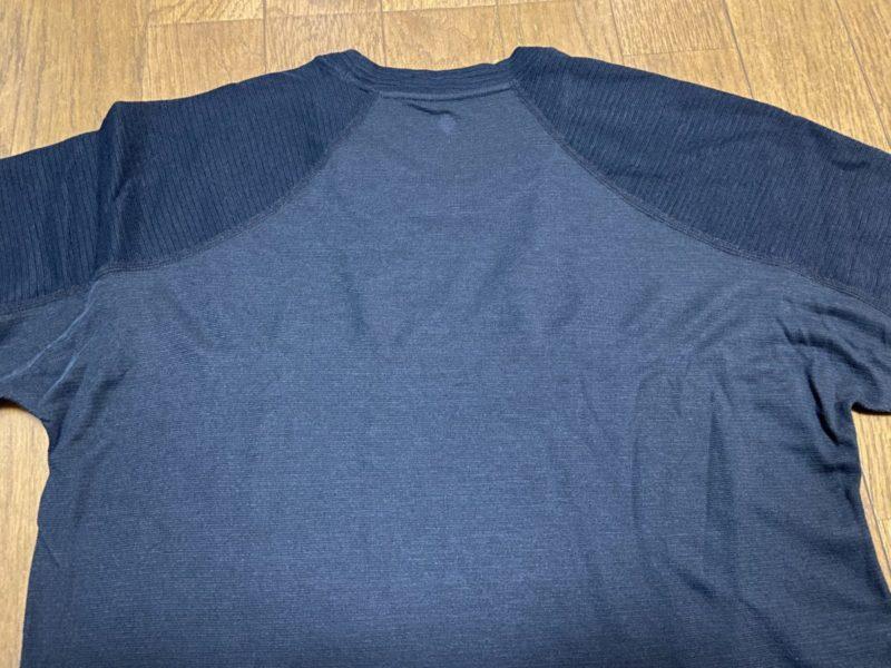 サイクルアンダーシャツ背面